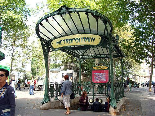 An entry of the Paris Metro