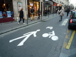Pedestrian Priority Street in Paris, France © Christian Horn 2014