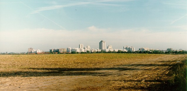 Berlin was a compact city, constrained by political forces, until 1990