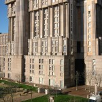 """Die postmoderne Architektur der Wohnanlage """"Espaces d'Abraxas"""""""