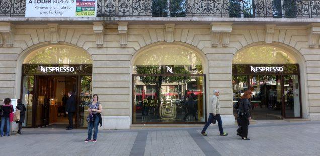 Nespresso auf den Champs-Élysées in Paris